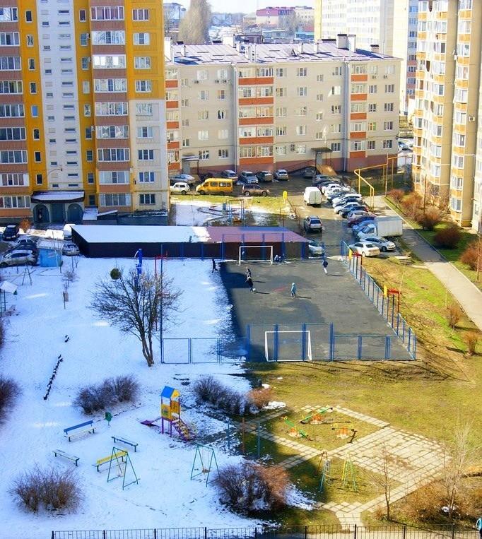 Весна в одном из дворов Ставрополя